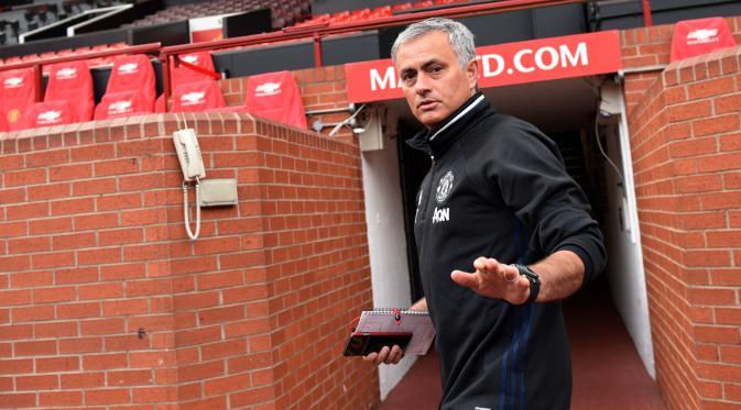 Mourinho 'Sangat Kecewa' Manchester City Tersingkir dari Liga Champions