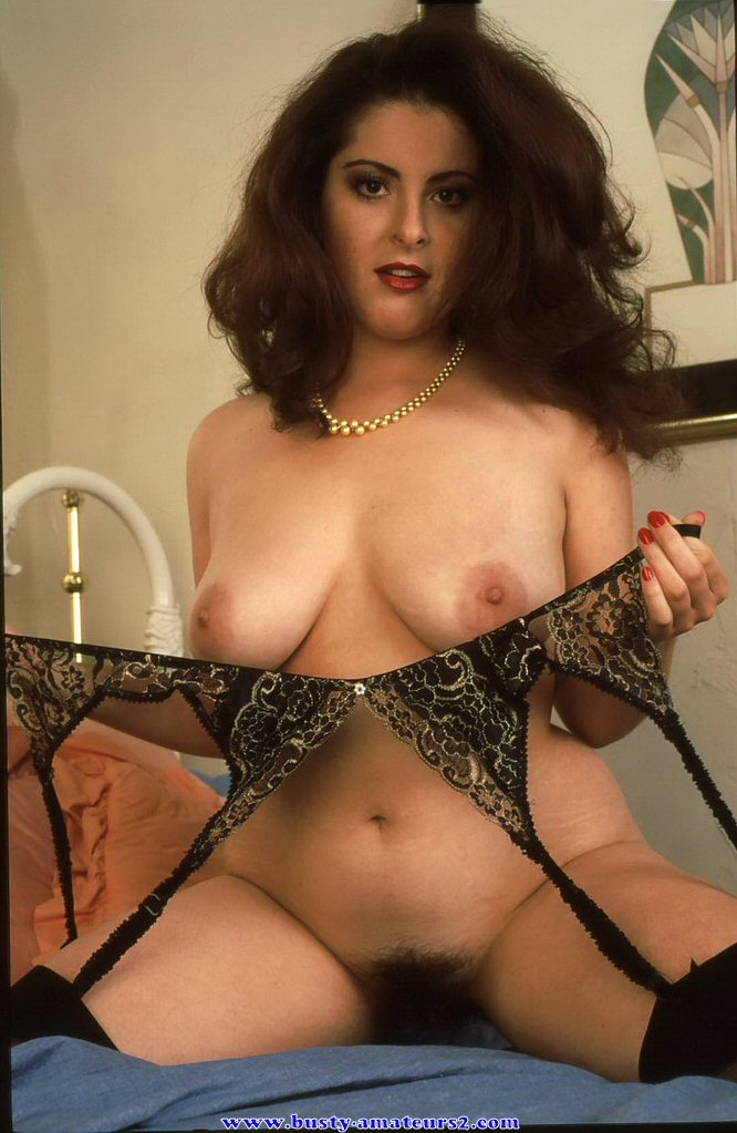 Busty jonee striptease and masturbates her hairy pussy 2