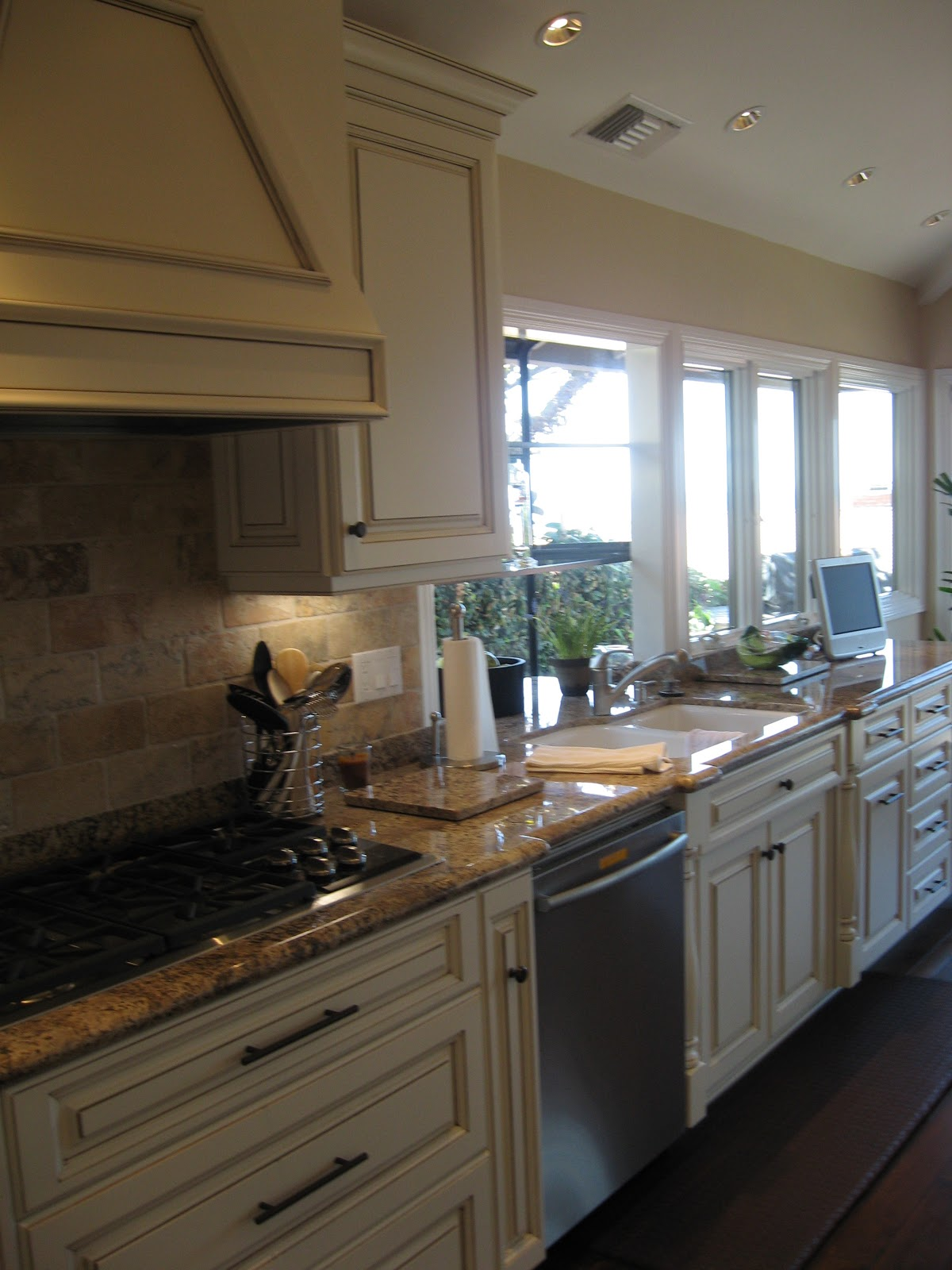 Orange County Kitchen Cabinets Glazed Custom Kitchen Cabinets Mader Cabinet Co