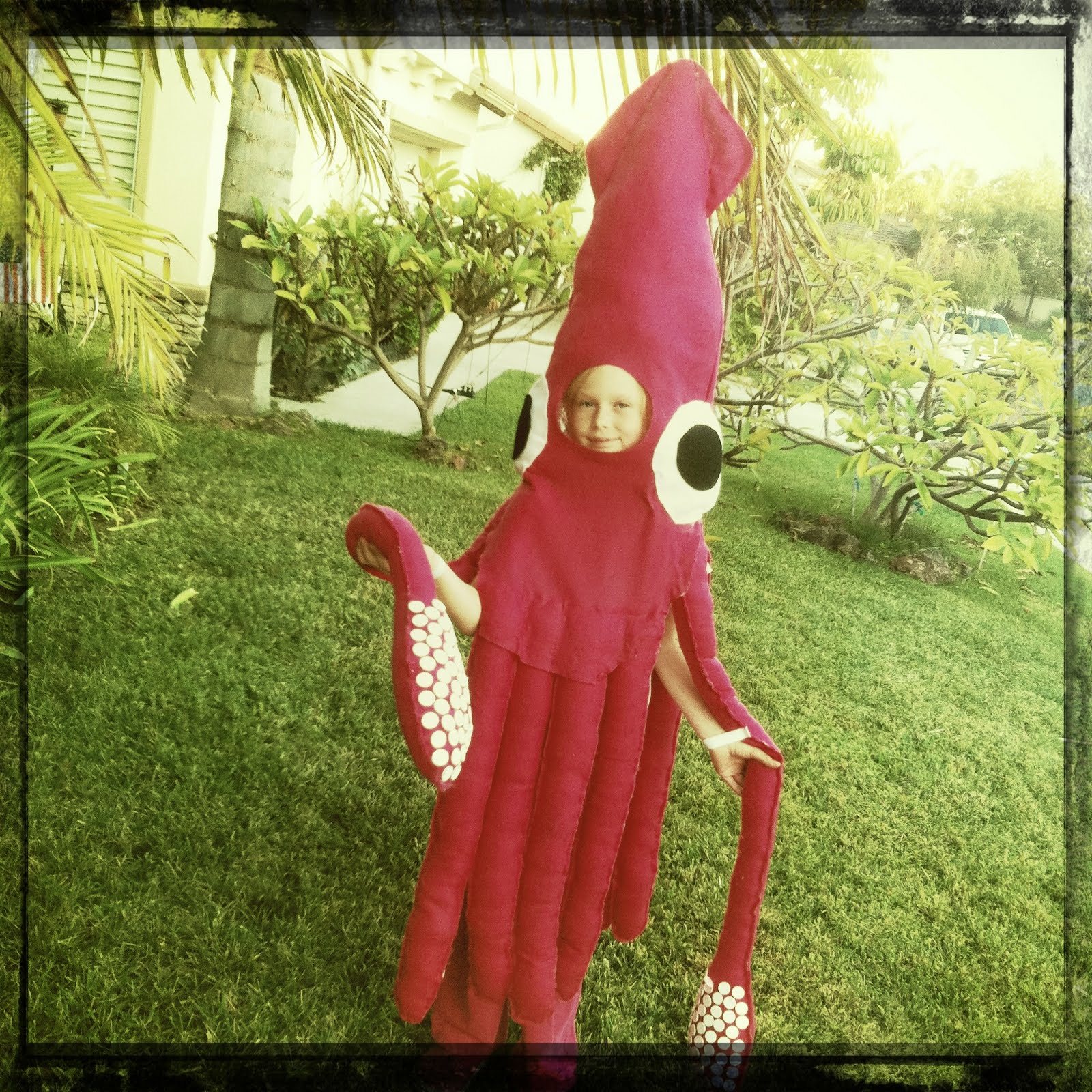 The Chronicles of The Feaseys & The Chronicles of The Feaseys: GIANT SQUID HALLOWEEN COSTUME