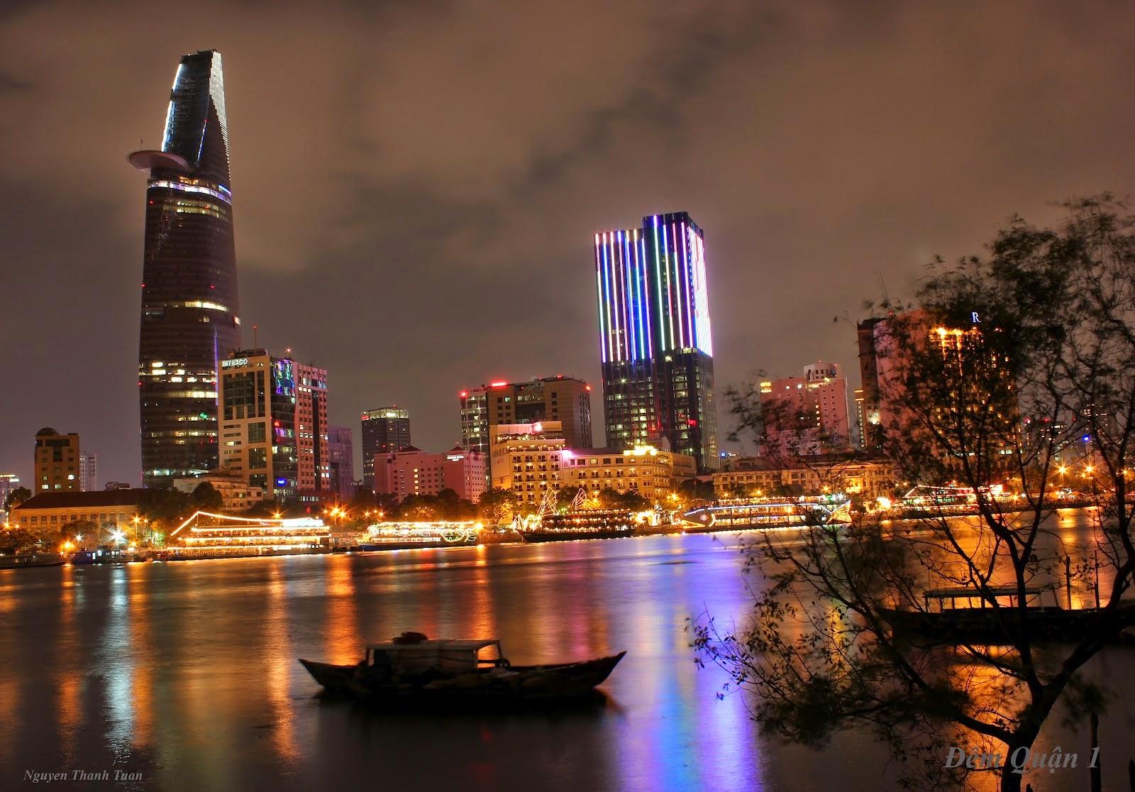 Vietnam Tour : Sai Gon River 9