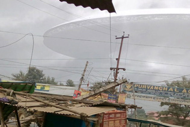 UFO Flying Saucer in Gorakhpur, ufo india pvt ltd  ufo india china  ufo india 2015  ufo over india  real ufo in india  ufo seen in india 2015  ufo seen in india recently  spaceship seen in india