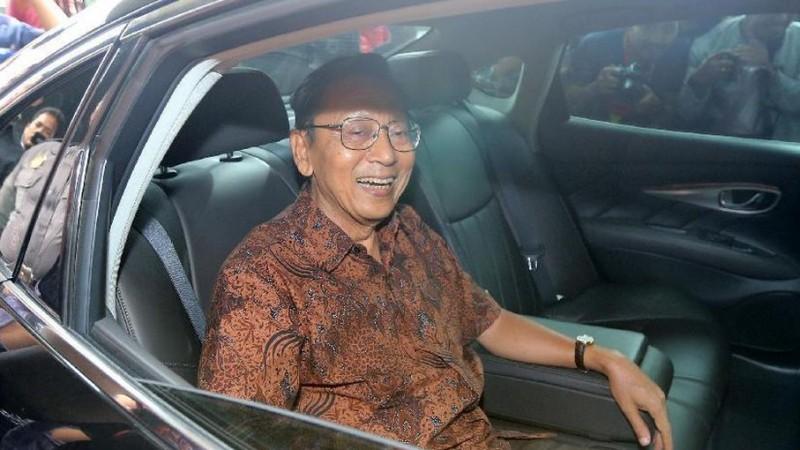 Mantan Wapres dan Gubernur BI Boediono