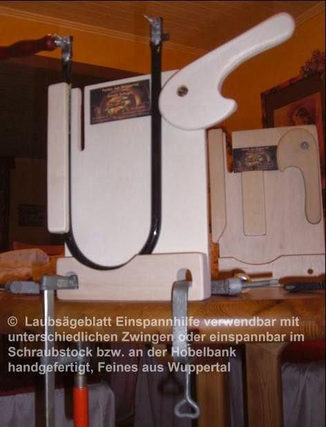 Laubsägen und Holzwerken an Schulen : Laubsägen einspannen ...