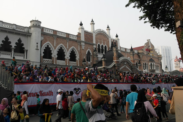 merdeka day crowd