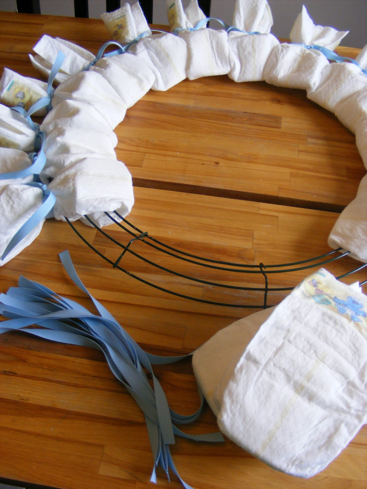 a baby shower diaper wreath the complete guide to. Black Bedroom Furniture Sets. Home Design Ideas