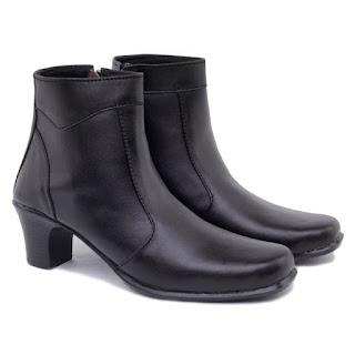 sepatu boots formal,grosir sepatu kerja murah,gambar sepatu boots korea formal,sepatu boots wanita hak 5cm,sepatu touring wanita hitam kulit asli