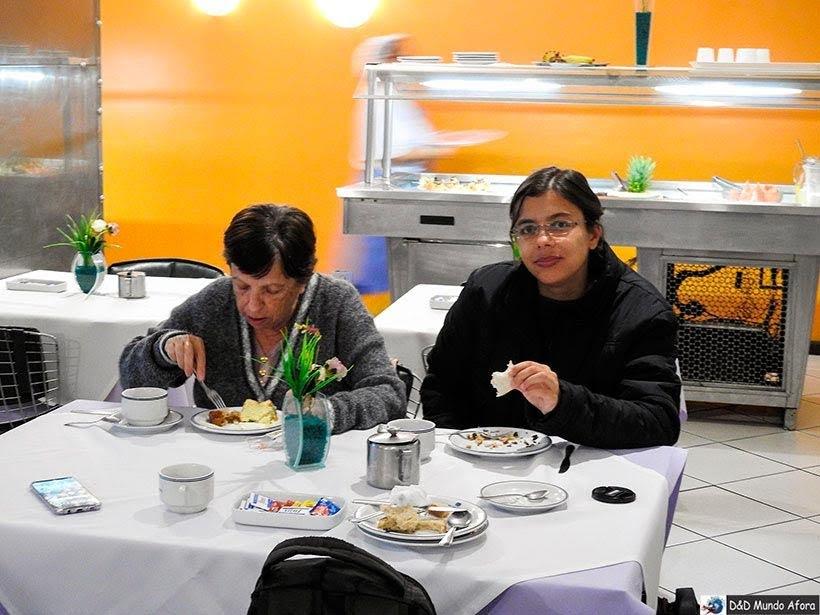 Café da manhã do hotel Guaíras em Curitiba