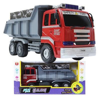 mainan dump truk fuso dalam miniatur