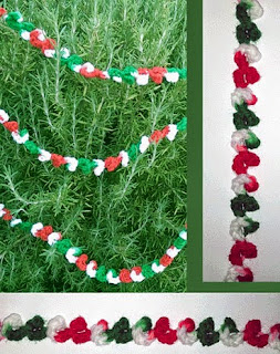 http://www.crochetmemories.com/blog/holiday-ribbon-candy-garland/#more-1644