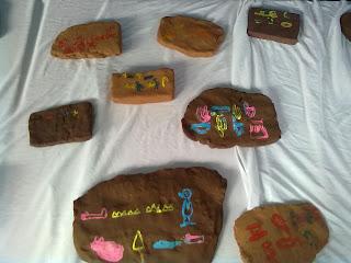 Escritas Hieroglífica e Cuneiforme