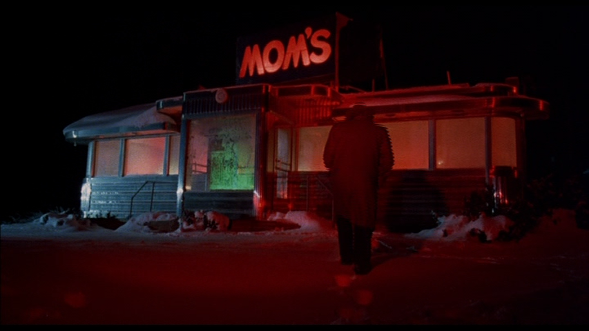 'Preacher' (Martin Landau) approaches Mom's Diner in Alone In The Dark (1982)