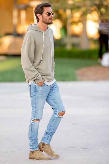 Look Masculino com calça jeans clara