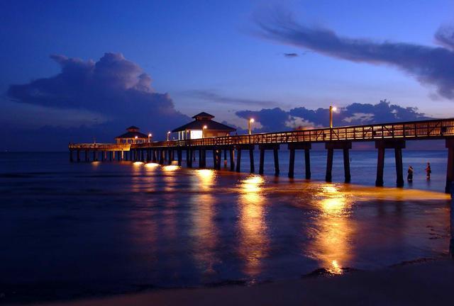 Sunset Inium Fort Myers Beach The Best Beaches In World