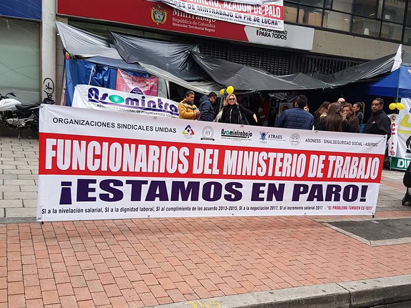 """""""Exigimos cumplimiento de acuerdos y garantías laborales"""": Unidad Sindical del Mintrabajo"""