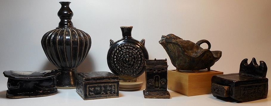 Chinese / Southeast Asia Brown and Black Glaze Ceramics