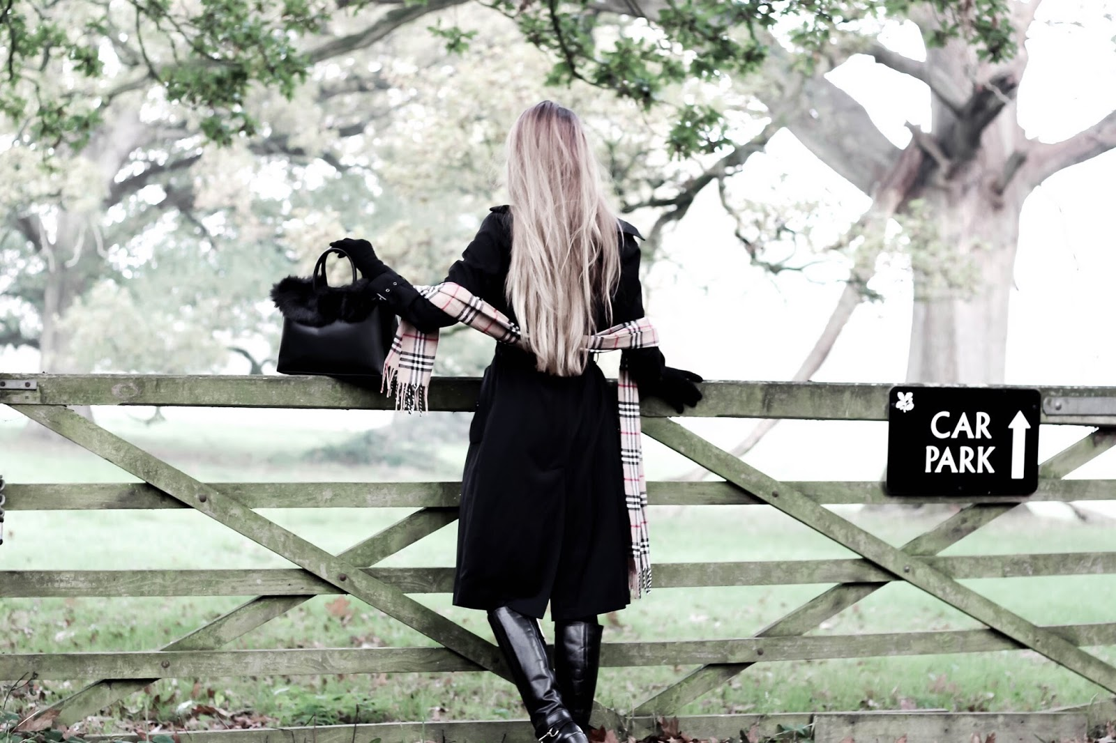 UK Fashion Blogger Countryside Style Photoshoot