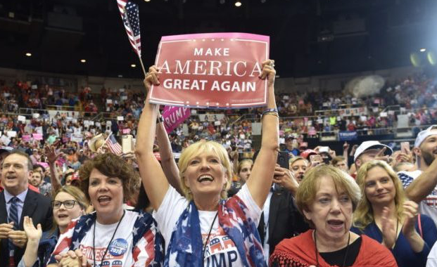 Poll: Democrats Lose Advantage with Middle Class Americans, Gender Gap Collapses