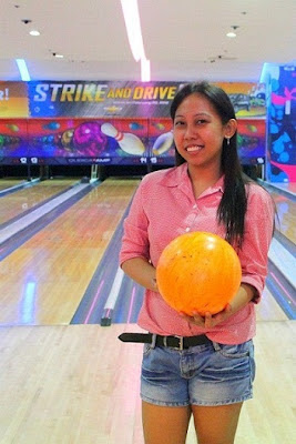 Girl Travel at Bowling Sportsfest