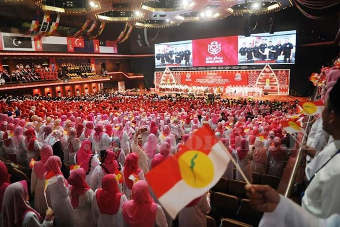 Penghisap Pemimpin UMNO Perlu Henti Bermain Wayang