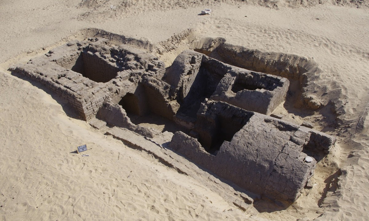 Dating the Pyramids - Archaeology Magazine Archive