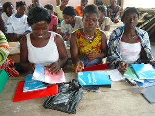 alfabetización para 1.230 mujeres (2008)