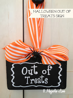 Halloween Out of Treats Sign by 11 Magnolia Lane.