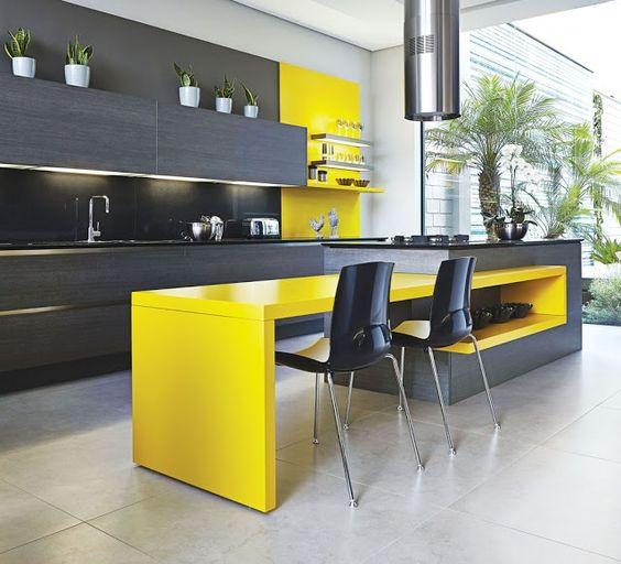 Cozinha dos Sonhos: Cozinha com decoração Amarela