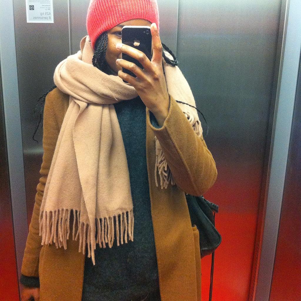 bonnet beanie  Eric Bompard - scarf  écharpe   pull sweater  Acne Studios 8402a8c5897