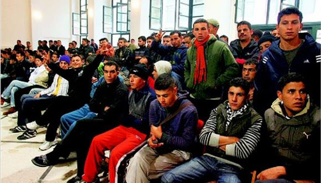"""Οι ιδεολογικά, πολιτισμικά και ψυχικά διαταραγμένοι του Τσίπρα σε δράση! Κατέλαβαν κτήριο στο Πολυτεχνείο και """"φιλοξενούν"""" λαθρομετανάστες"""