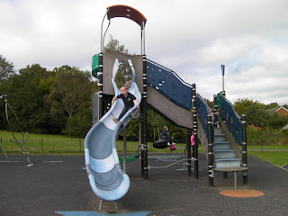 twisty slide in playpark