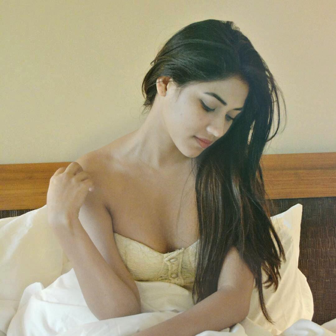 Shivani Singh hot photoshoot HD