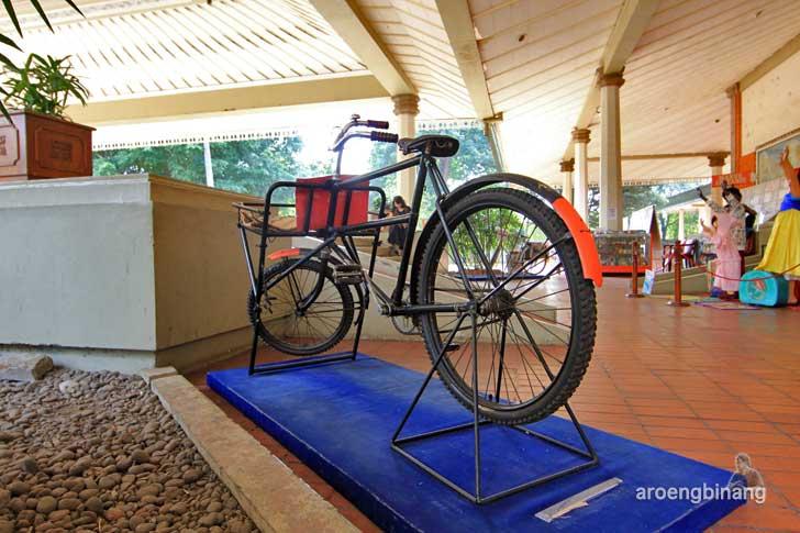 museum prangko indonesia tmii jakarta