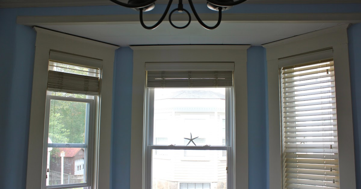 Our Cottage On The Coast: Make Your Own Bay Window Treatment