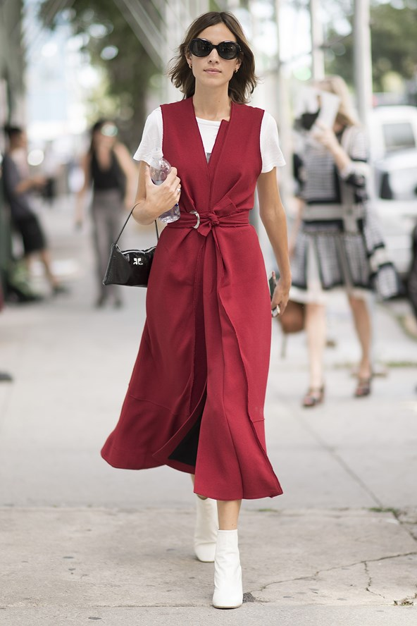 Alexa Chung Has a Flawless Style Moment at NYFW