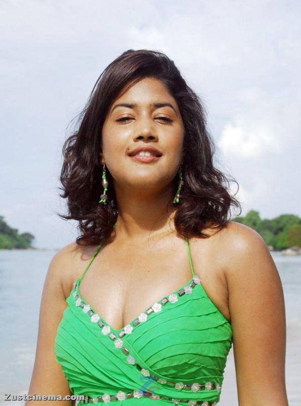 ALL HUNGAMA: Sowmya Mugguru Movie Actress New Photo Stills