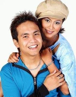Achik feat. Siti Nordiana - Mainan Cinta MP3
