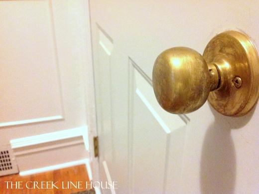 Remodelaholic | Aging Brass Doorknobs DIY