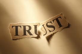 Ciri-ciri Seseorang Memiliki Trust Issues, Apakah Kamu Termasuk? The Zhemwel