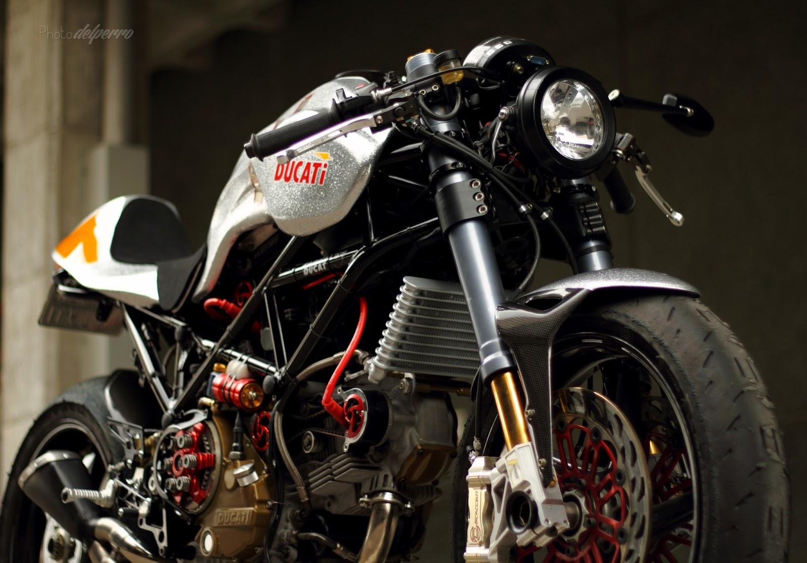 Silver Shotgun :: Rad Ducati
