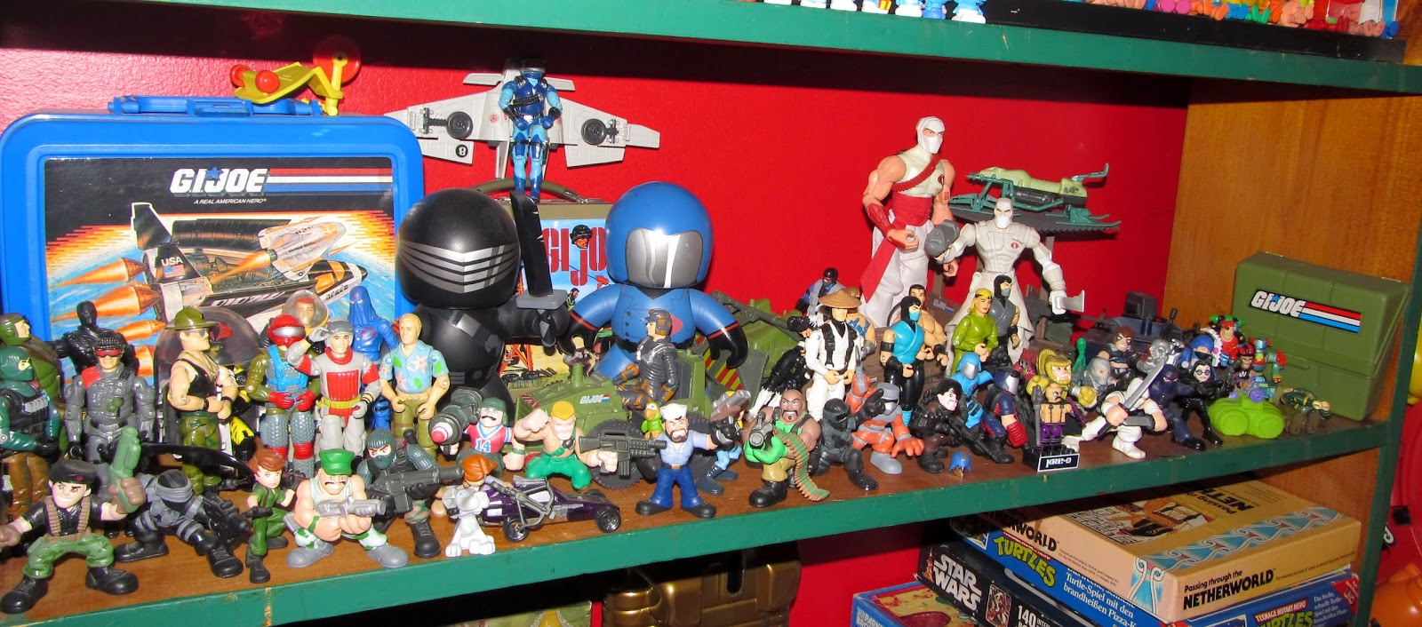 80 Toy Action Figure Shelves - IMG_3240_Beautiful 80 Toy Action Figure Shelves - IMG_3240  Pic_335359.JPG