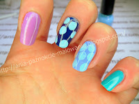 groszki na paznokciach