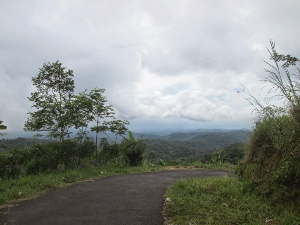 Rute Pejalanan di Puncak Suroloyo