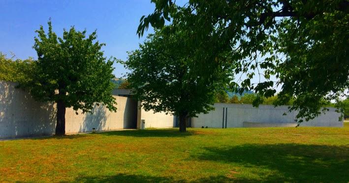 Kluckert natur und architektur tadao ando konferenzpavillon for Architektur und natur