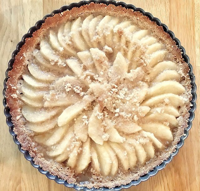 pear tart with almond crust