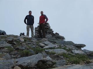 Jürgen und ich auf dem Gipfel der Corona di Redòrta