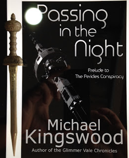Portada del libro Passing in the Night, de Michael Kingswood