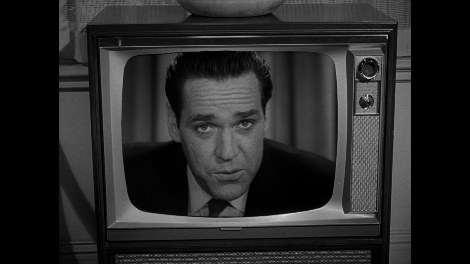 My Life In The Shadow Of The Twilight Zone: Episode