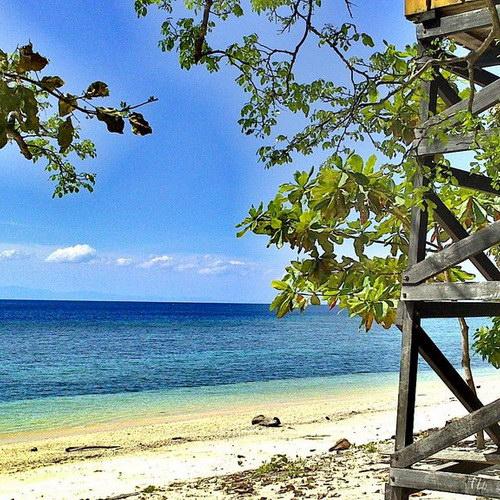 Tinuku Travel Kakara island paradise of snorkeling and diving in Hibualamo land as string of pearls Tobelo islands