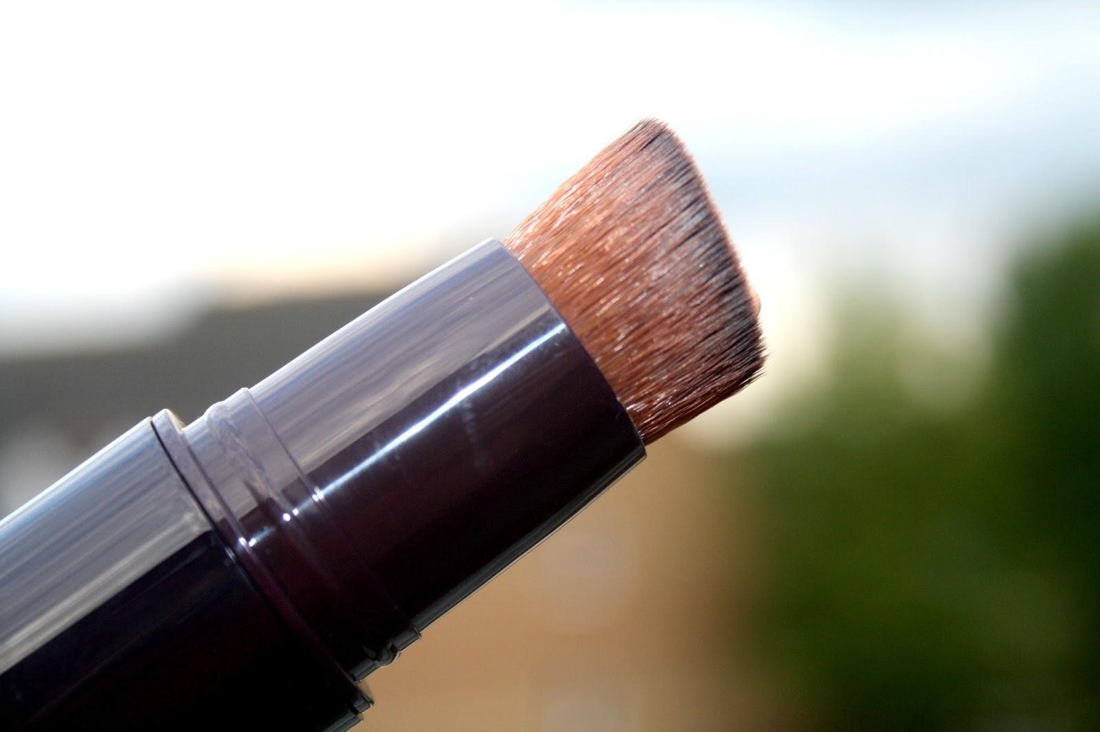 Beautyqueenuk By Terry Light Expert Click Brush